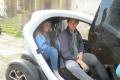 Pia mit Chauffeur