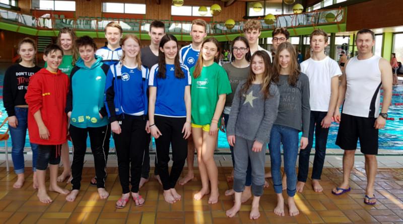 Die Dossenberger Jungs schwimmen ins Bezirksfinale