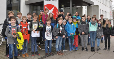"""Zu Besuch beim Regionalentscheid """"Schüler experimentieren"""", """"Jugend forscht"""" in Augsburg"""